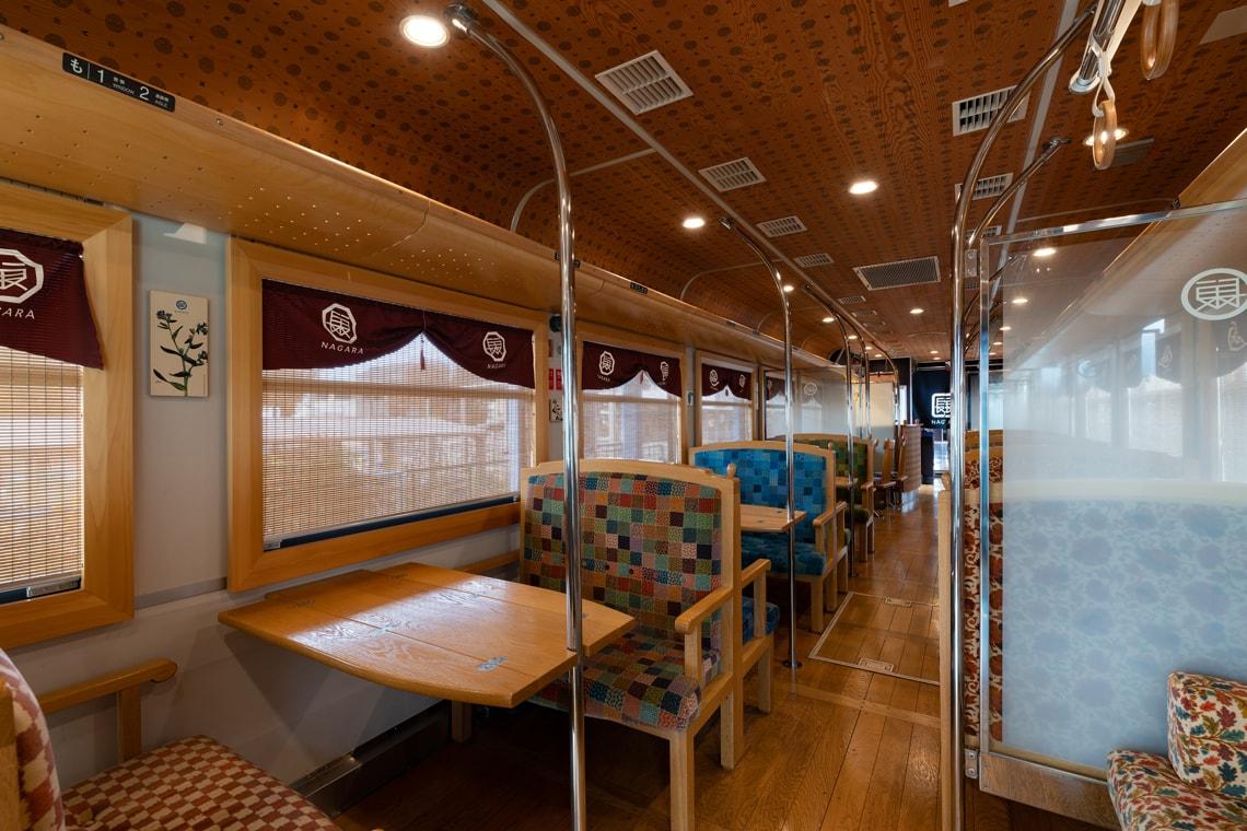 ちょっと贅沢ご褒美旅・観光列車「ながら」で楽しむ郡上八幡への旅_27