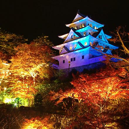<M_015>日本最古の木造再建城 奥美濃の天空の城「郡上八幡城」