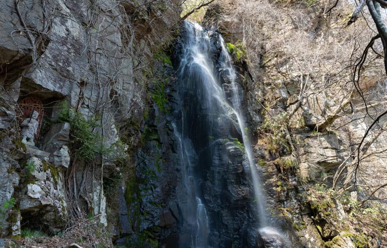 駒ヶ滝 スライダー画像1