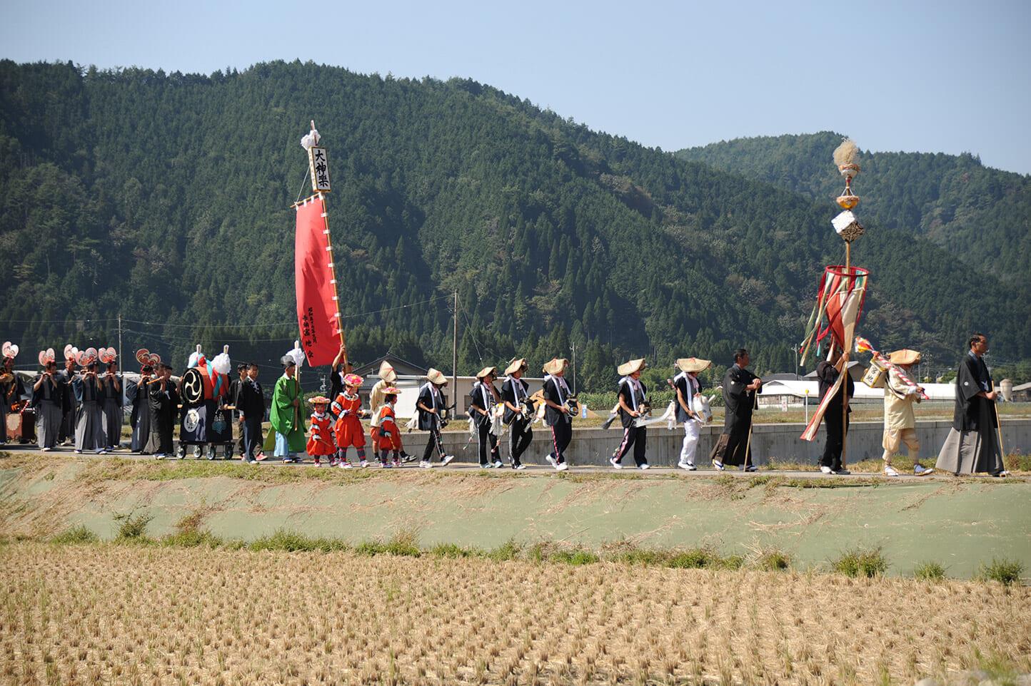 戸隠神社祭礼(九頭の祭) スライダー画像1