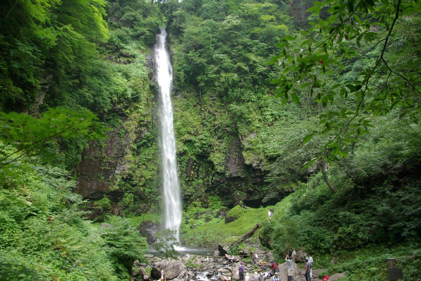 阿弥陀ヶ滝 スライダー画像1
