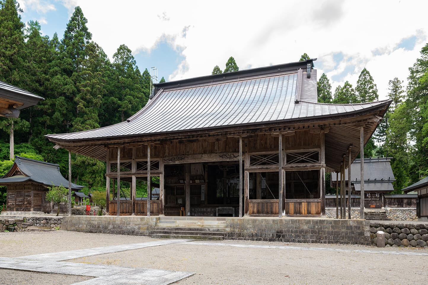 長滝白山神社・白山長瀧寺 スライダー画像1