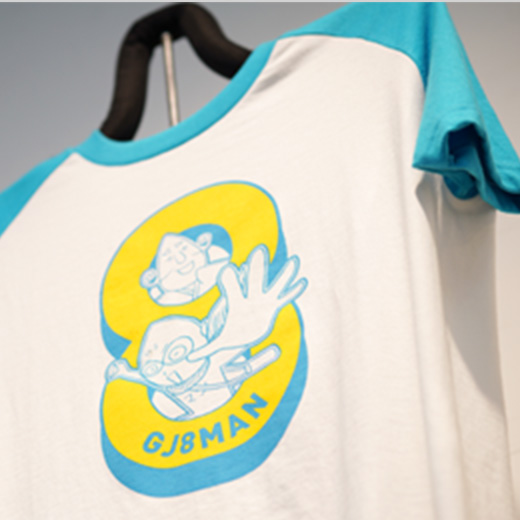 GJ8マン Tシャツ